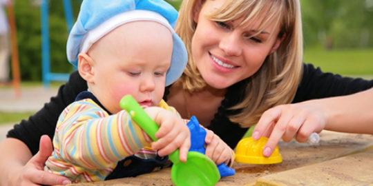 Играйте вместе с детьми. Игрушки для детей